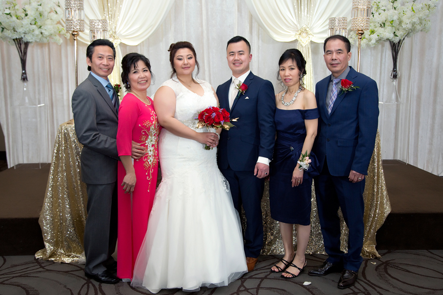 wedding couple family portrait at Mississauga Convention Centre