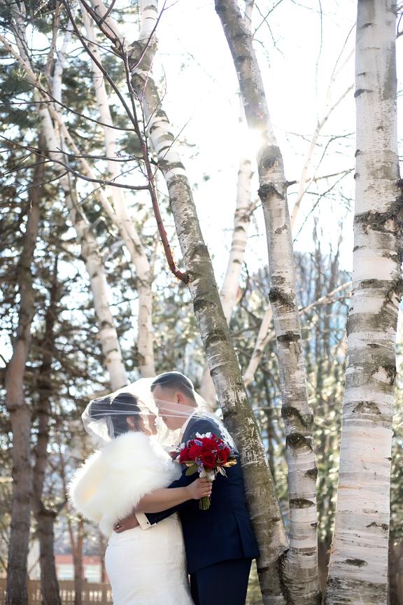 wedding couple portrait at Kariya Park