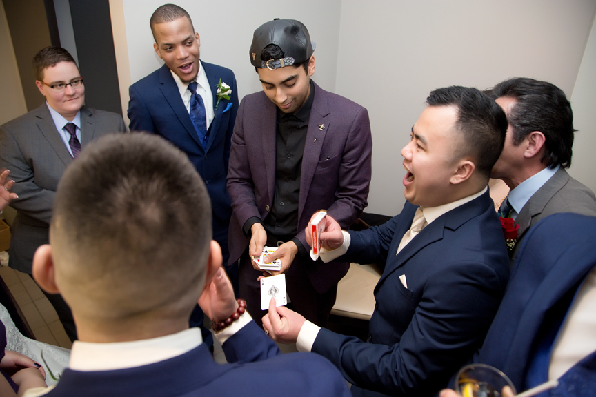 magician wedding cocktail hour at Mississauga Convention Centre
