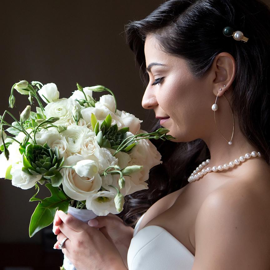 bride prep portrait