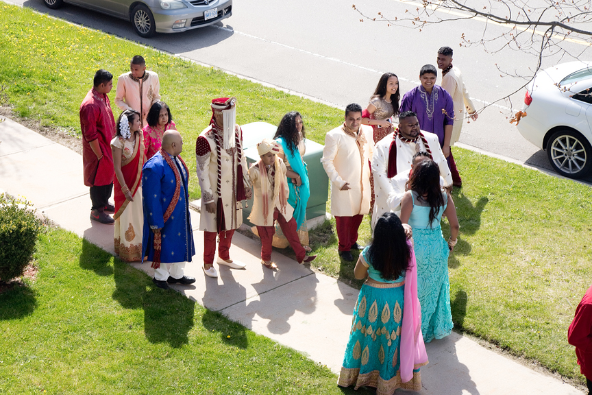 Indian groom arrives