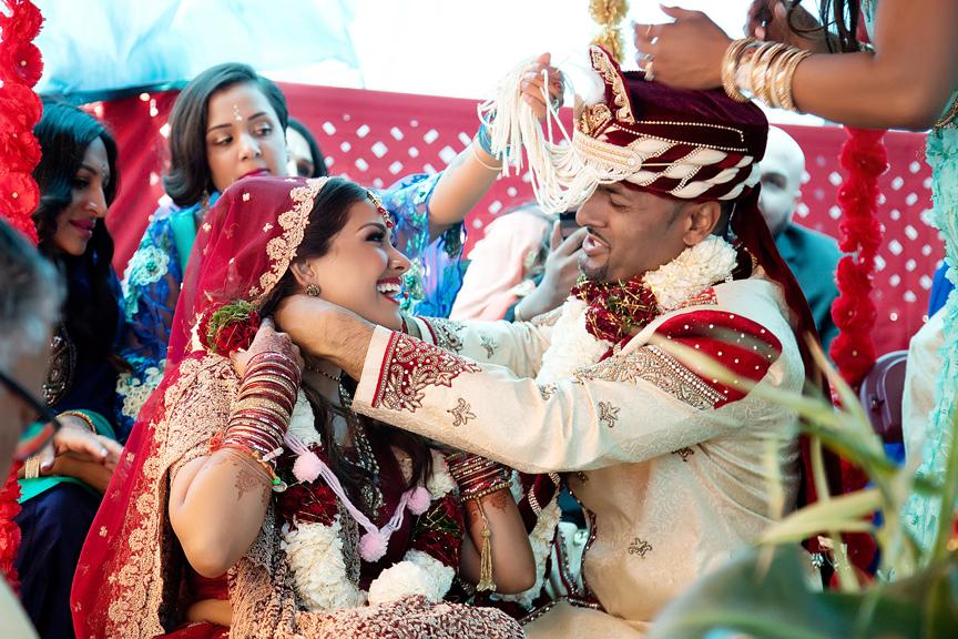 mangalsutra Hindu ceremony backyard wedding