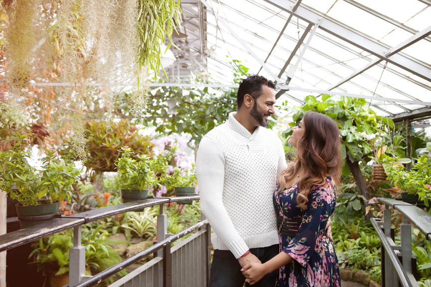 engagement photo session at allan gardens
