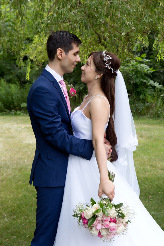 formal wedding portrait at Carl Catering The Glen