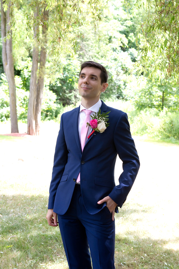 groom portrait at Carl Catering The Glen