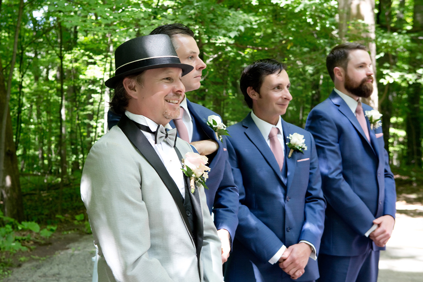 groom's first look wedding ceremony at Kortright Centre for Conservation