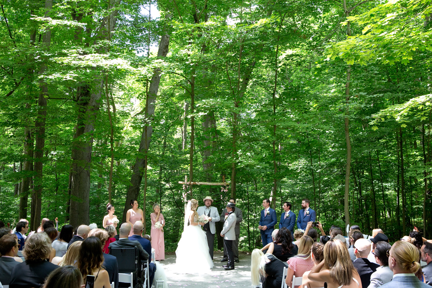 wedding ceremony at Kortright Centre for Conservation