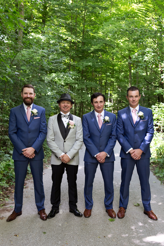 groomsmen at Kortright Centre for Conservation
