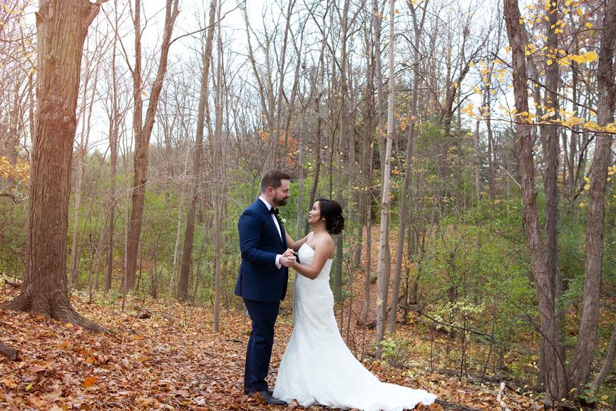 bride and groom portrait at Claireville Park