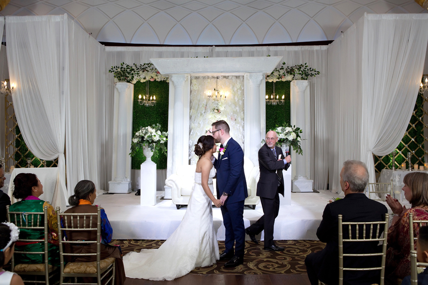 Wedding ceremony at Grand Empire Banquet And Convention Centre
