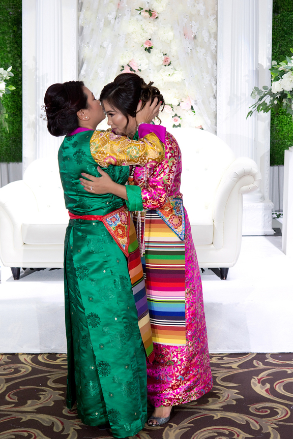 mother of bride at Buddhist Wedding