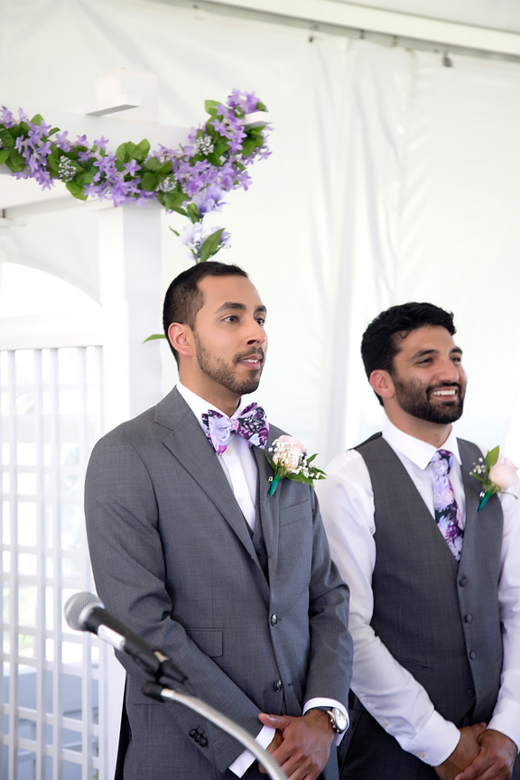 groom's first look at Royal Botanical Gardens