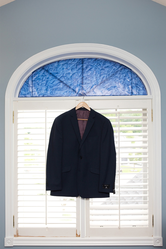groom prep suit