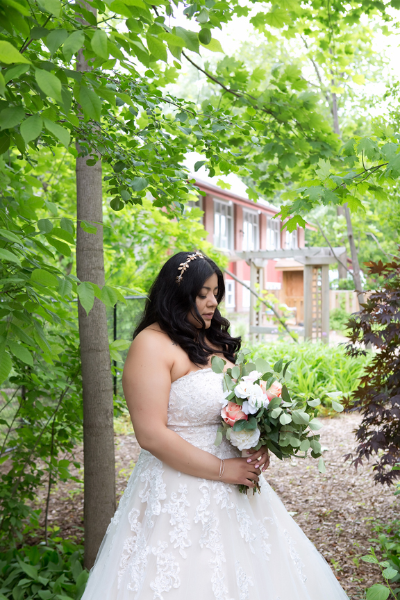 bride portrait at St Stephens Anglican Church