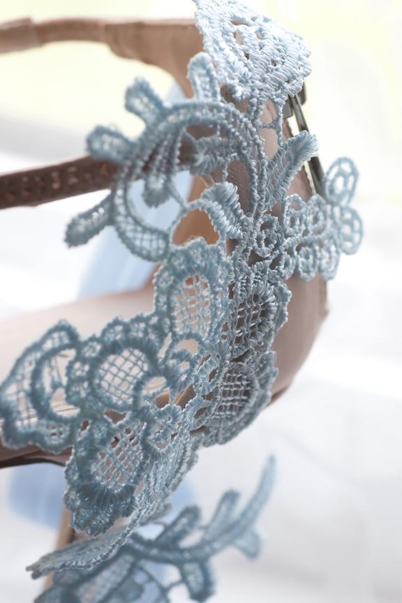 bride prep garter