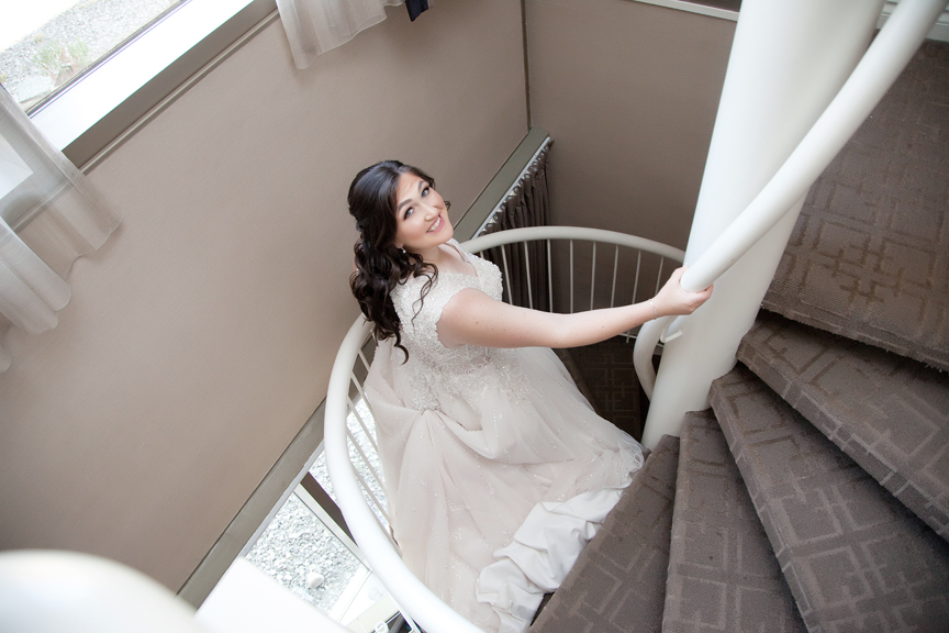 bride prep down the stairs