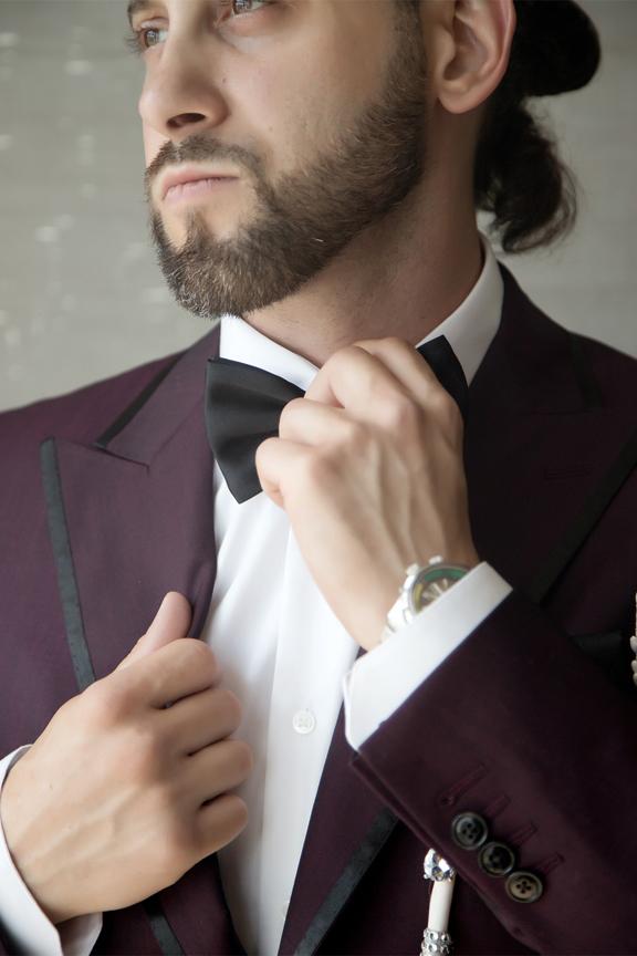 groom prep portrait