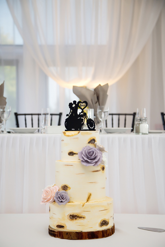 cake decor wedding reception at Tangle Creek Golf and Country Club