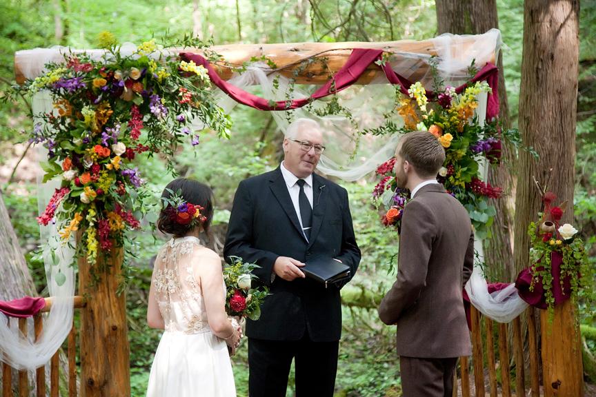 bride and groom wedding ceremony at Ganaraska Forest Centre