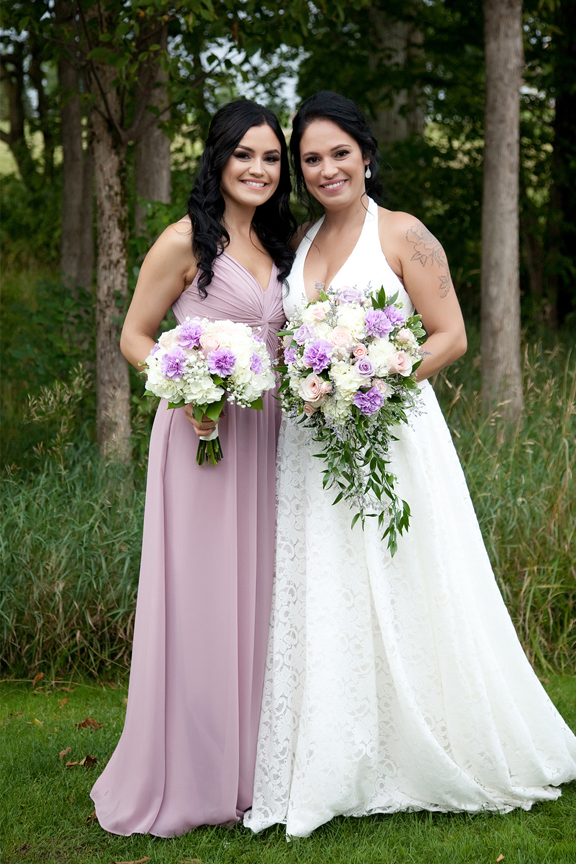 bride and sister at Tangle Creek Golf and Country Club