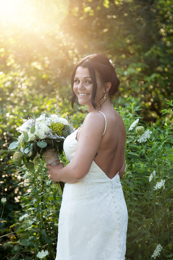 bride portrait at Trillium Trails Banquet Centre
