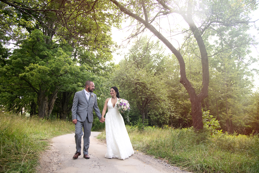 wedding couple at Tangle Creek Golf and Country Club