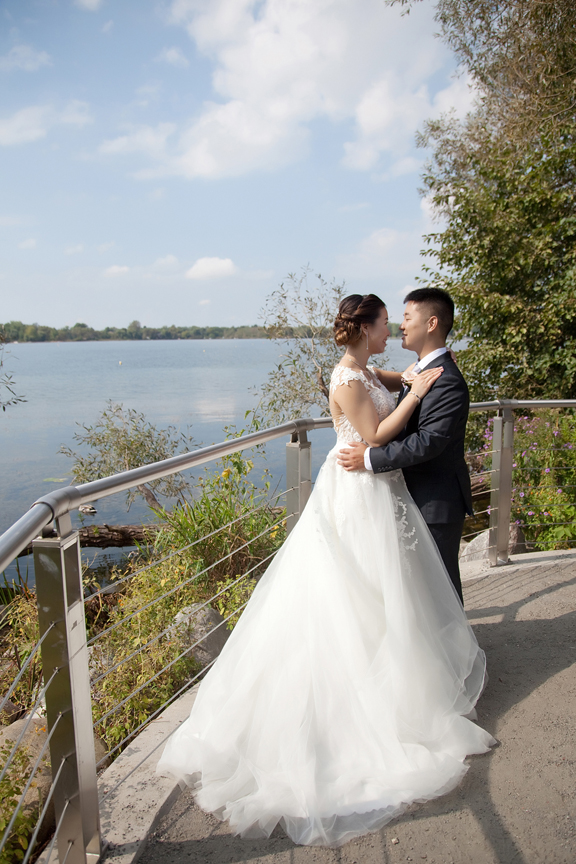 bride and groom at Ascott Parc.