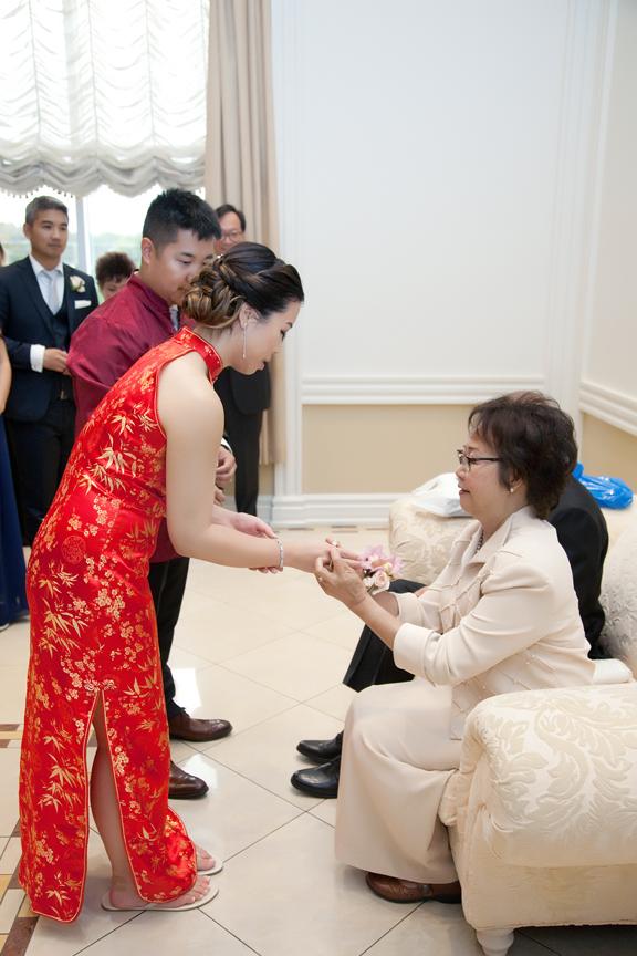 tea ceremony Chinese wedding at Ascott Parc