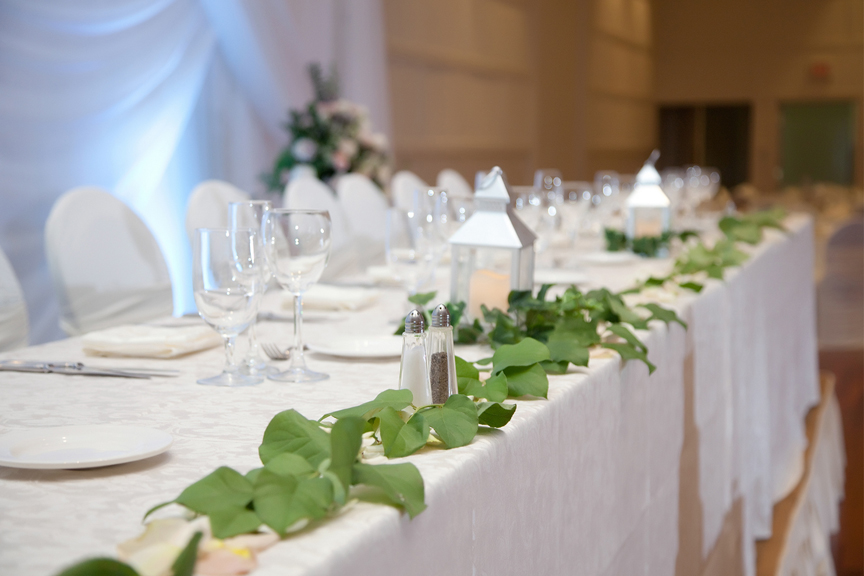head table decor Chinese wedding at Ascott Parc