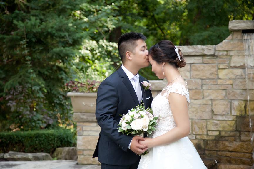 romantic wedding portrait Chinese wedding at Ascott Parc
