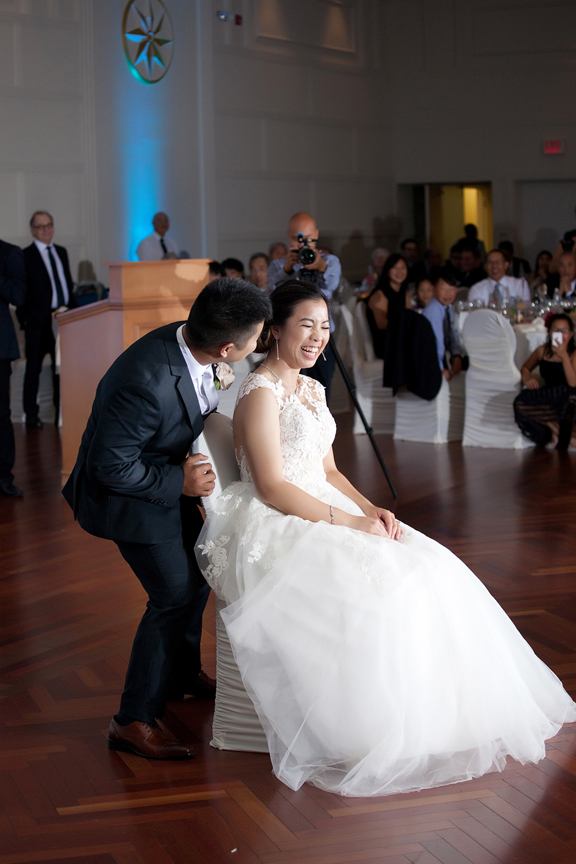 happy bride Chinese wedding reception at Ascott Parc