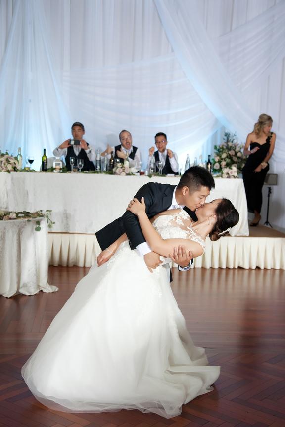 wedding couple Chinese wedding reception at Ascott Parc