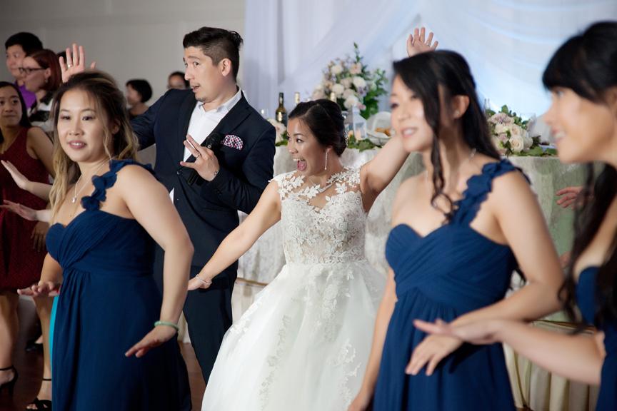dancing bride Chinese wedding reception at Ascott Parc