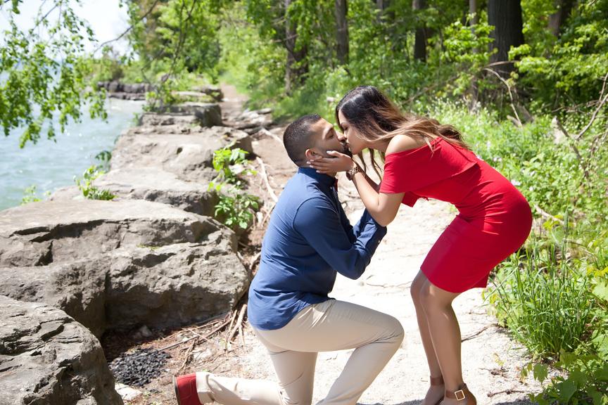 proposal engagement shoot at Adamson Estate