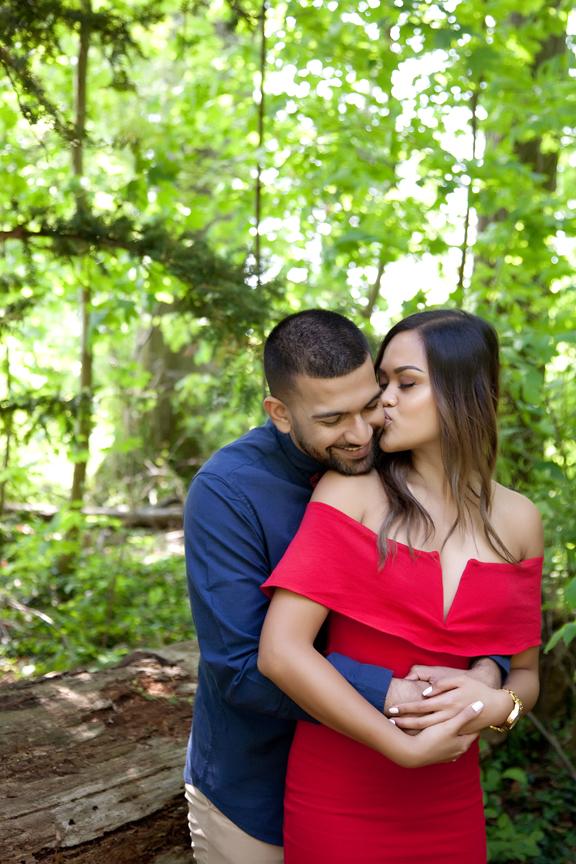 romantic engagement shoot at Adamson Estate