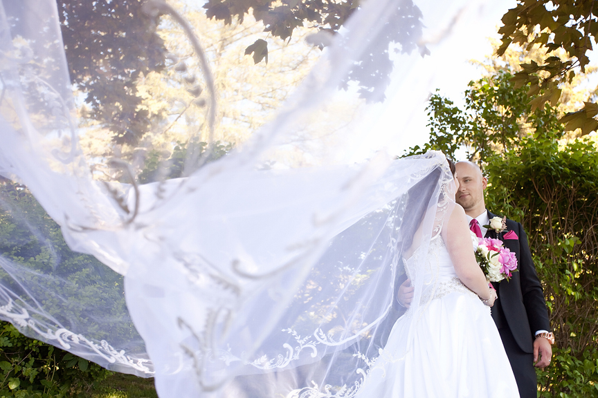 flying veil wedding portrait at Parkwood Estate