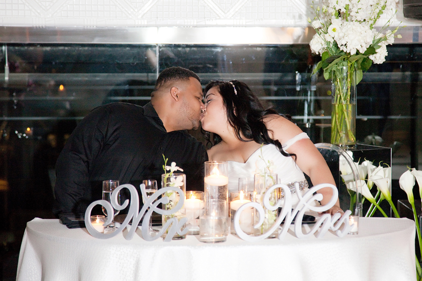 kissing games wedding reception at Canvas Event Space