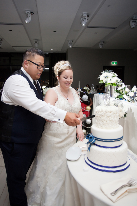 cake cutting wedding reception at Universal EventSpace