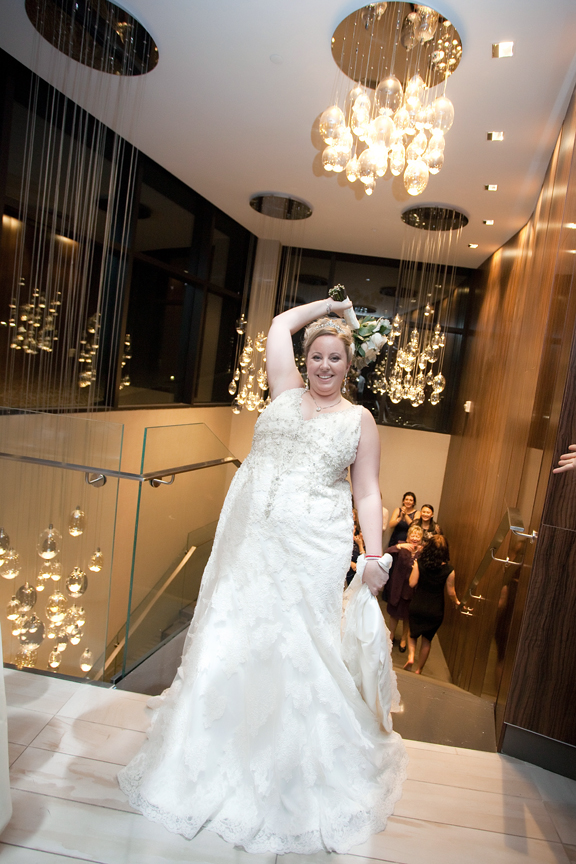 bouquet toss wedding reception at Universal EventSpace