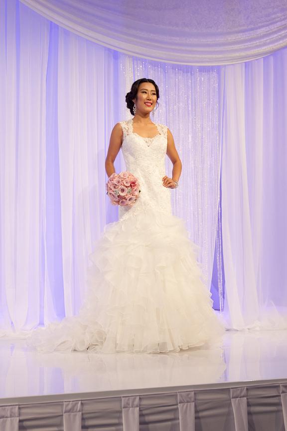 fashion show Canada's Bridal Show runway