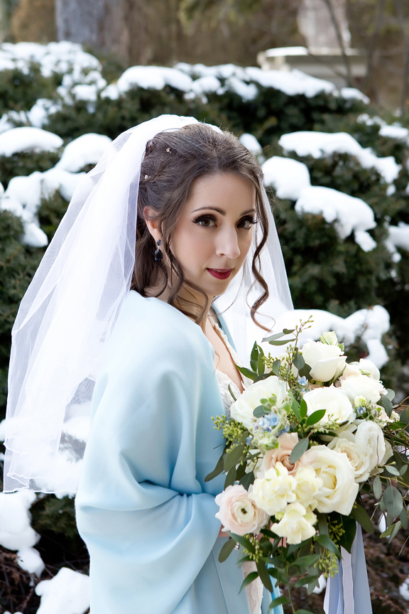 Paletta mansion winter wedding portrait bride