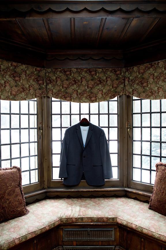 wedding groom suit prep