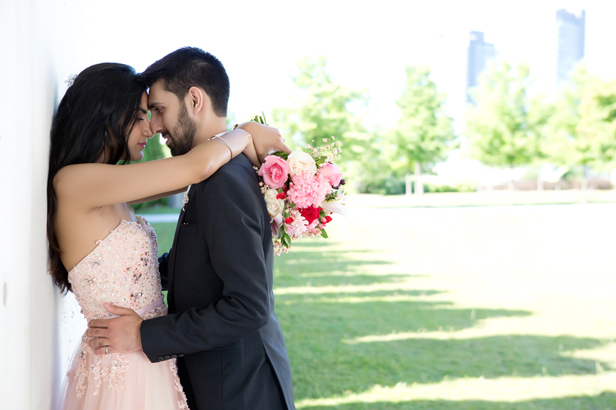 Wedding portrait at Aga Khan Museum during Coronavirus