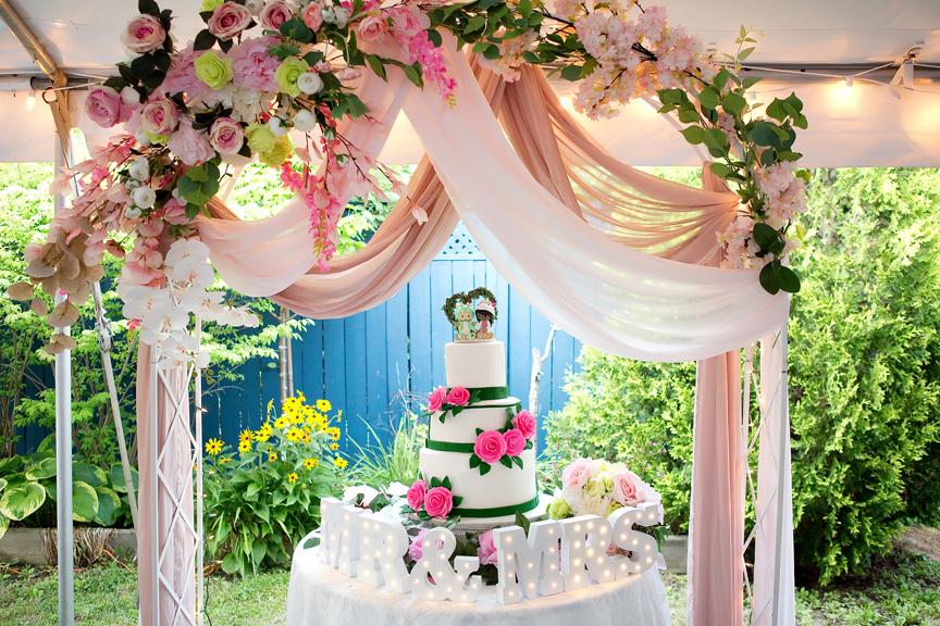 Wedding reception cake