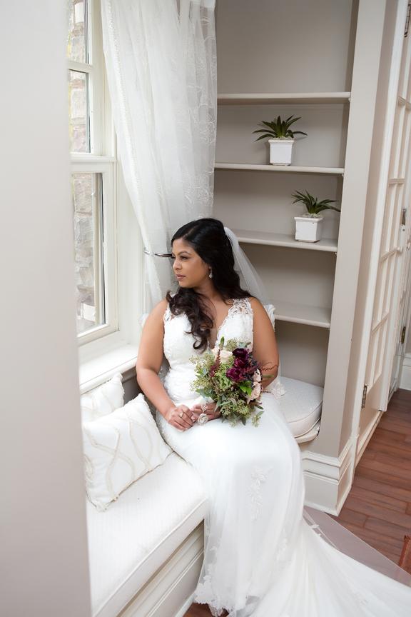 bride prep at Paletta Mansion