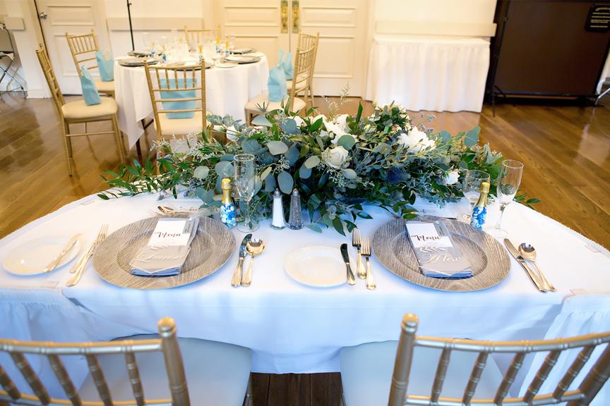 head table reception decor