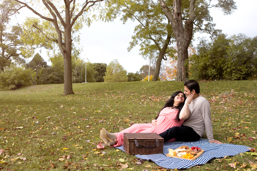 fall pregnancy portrait