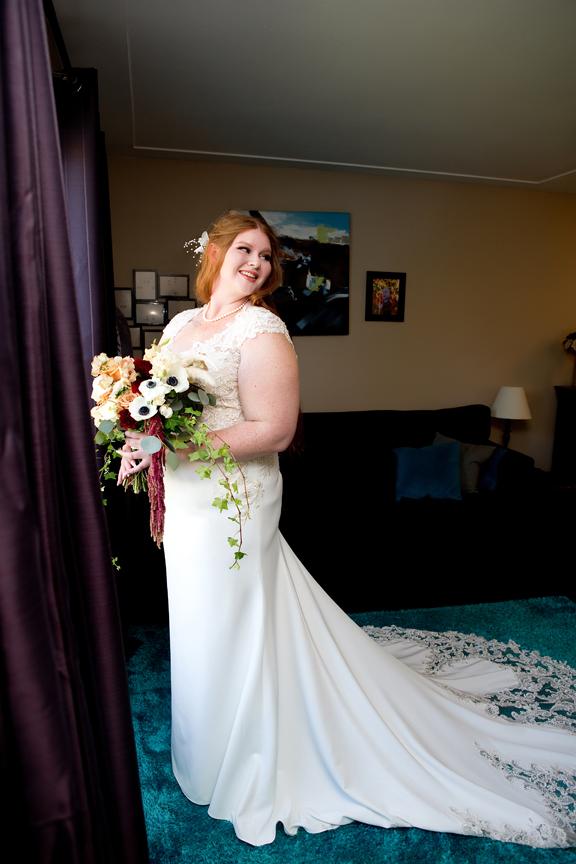 portrait morning bride prep