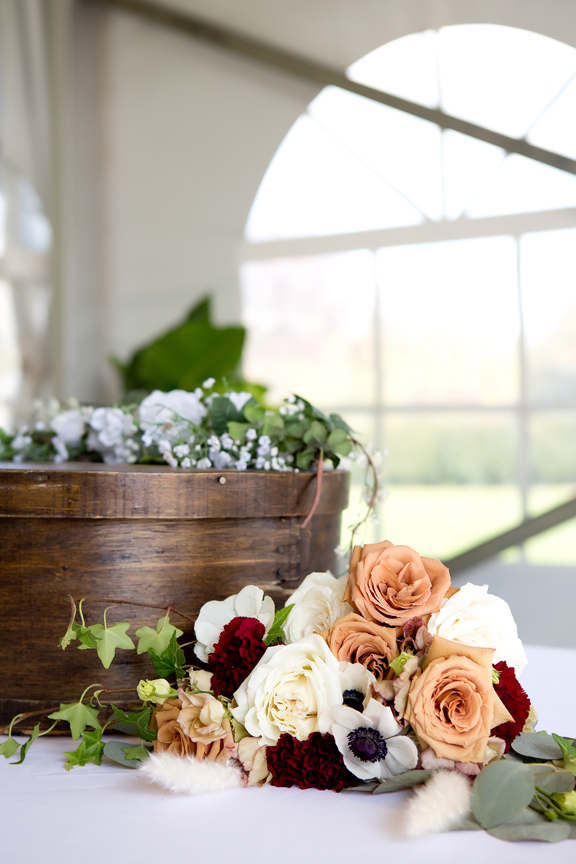 card box decor wedding ceremony at Rose Garden Tent