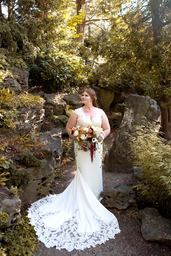 bride Wedding portrait at the Royal Botanical Gardens